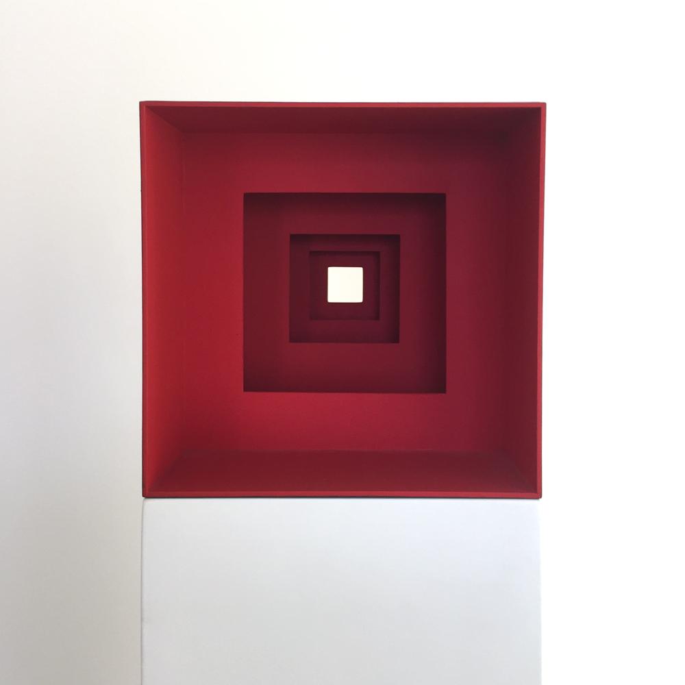 Matthias Eckert, Nach innen, Karton, Acryl, Pigment, 2009 © Hagen Horoba