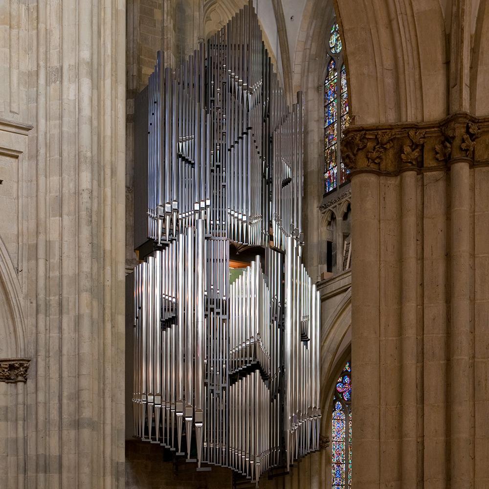 Blick aus dem Mittelschiff auf die Regensburger Domorgel © Michael Vogl